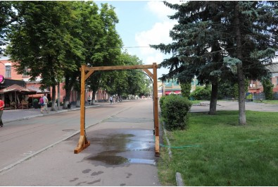 На центральних вулицях можна освіжитись холодною водою